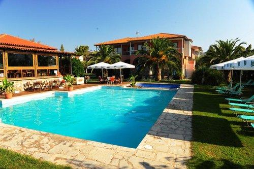 Тур в Hanioti Village & Spa Resort 3☆ Греция, Халкидики – Кассандра
