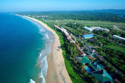 Гарячий тур в The Long Beach Resort & Spa 4☆ Шрі-Ланка, Коггала