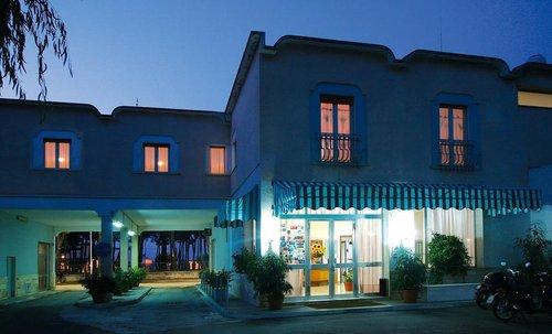 Тур в La Pineta Hotel 3☆ Италия, Калабрия