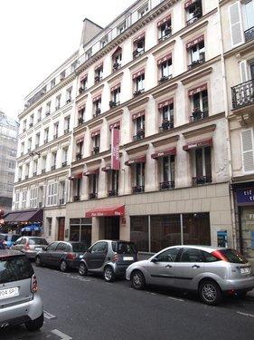 Гарячий тур в Fiat 2☆ Франція, Париж
