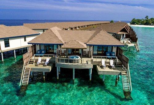 Тур в Reethi Faru Resort 5☆ Мальдивы, Раа Атолл