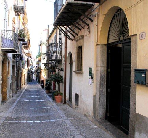Тур в Centro Storico Appartamenti 3☆ Италия, о. Сицилия