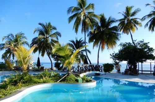 Горящий тур в Equator Village 3☆ Мальдивы, Адду Атолл