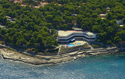 Тур в Adriatiq Resort Fontana Comfort Apartments 2☆ Хорватия, о. Хвар